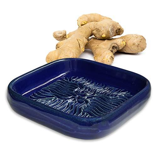 ANCKERAMIC® Ceramico Reibe – Muskatreibe, Knoblauchreibe, Parmesanreibe aus Keramik, Handarbeit, Designed in Finnland, (Blau)