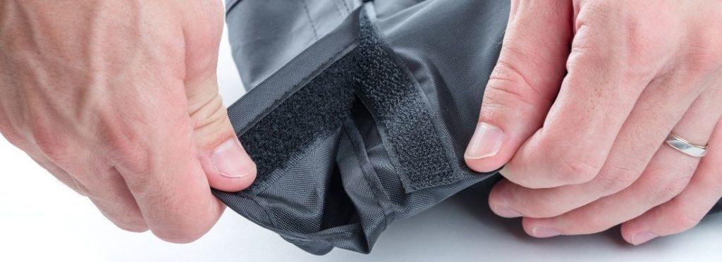 Klettverschluss einer Jacke
