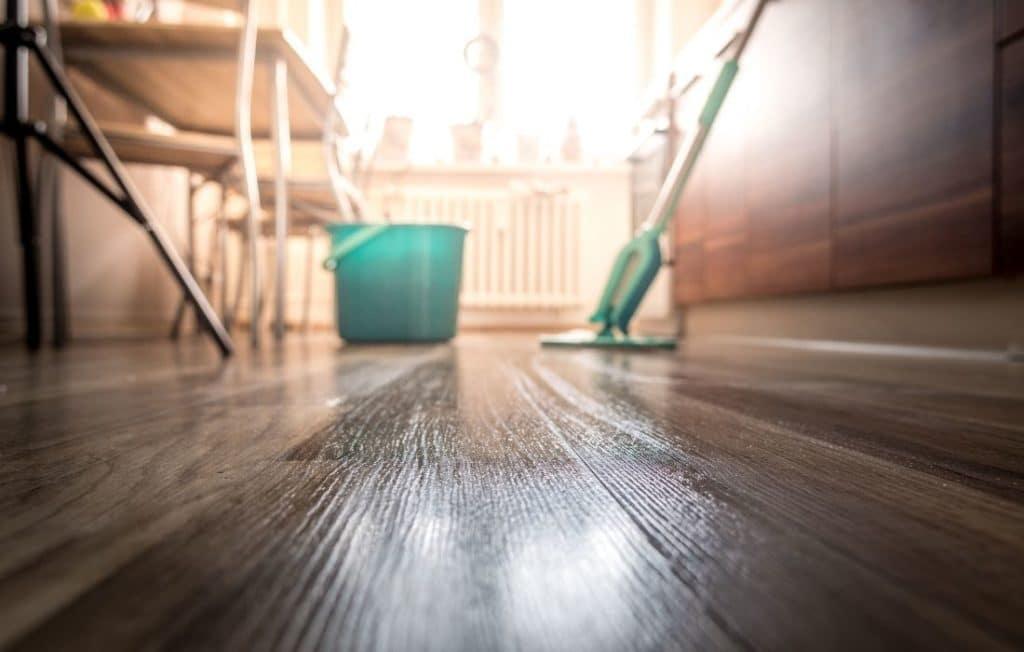 Sprühwischer ermöglichen eine einfache Bodenpflege