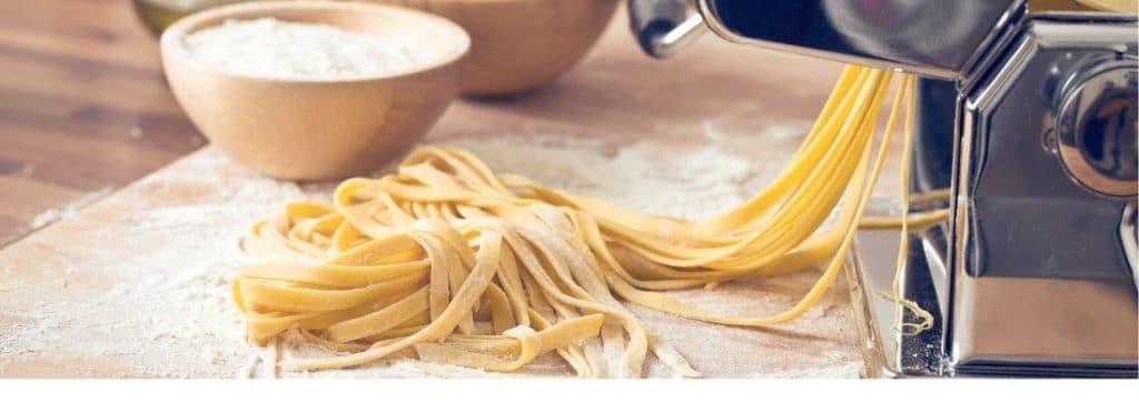 Frische Pasta für den Nudeltrockner