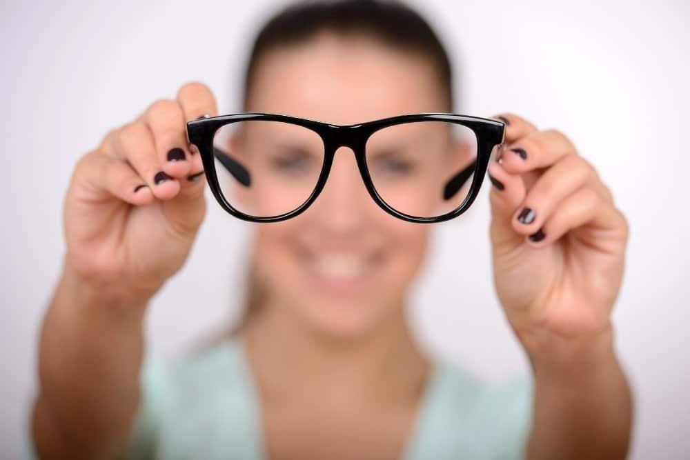 Brille putzen leicht gemacht