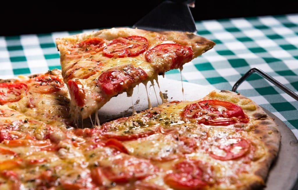 Pizza Dom: Pizza einfach selber machen